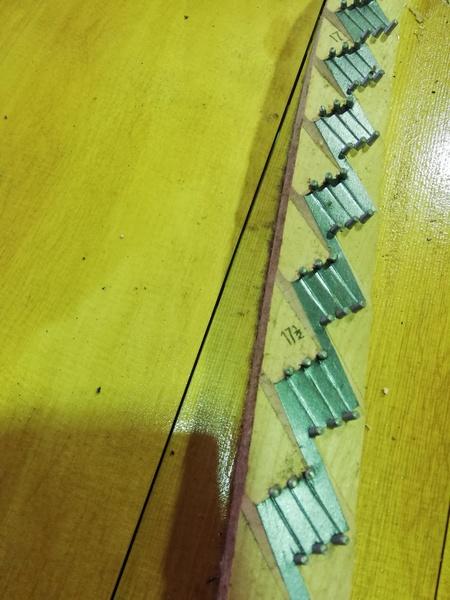 響板修理前 2.jpg